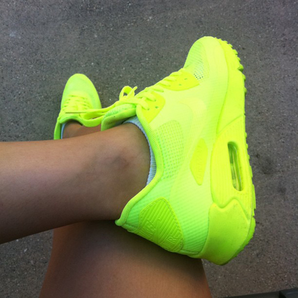 Neon Yellow Nike | My Blog